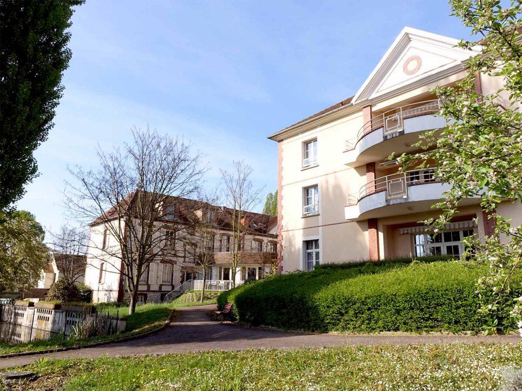 Maison de convalescence yonne ventana blog for Achat maison de retraite