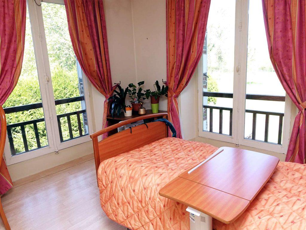 maison de retraite sens amazing maison de retraite sens with maison de retraite sens latest. Black Bedroom Furniture Sets. Home Design Ideas